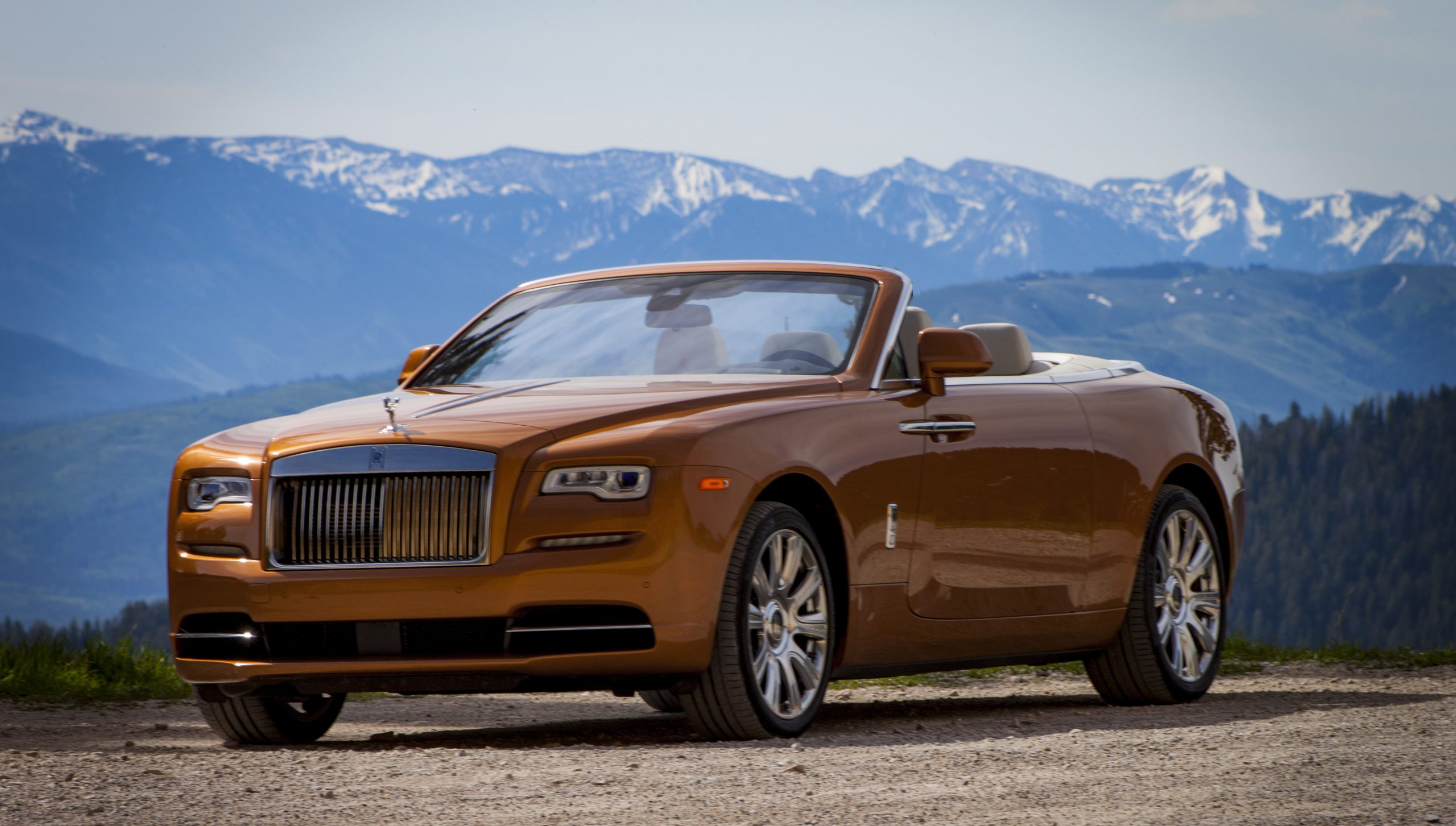 Driving The Rolls-Royce Dawn In Cowboy Country - Pursuitist